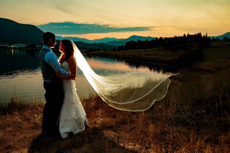 estes-park-resort-wedding-photographer-tomKphoto-038.jpg