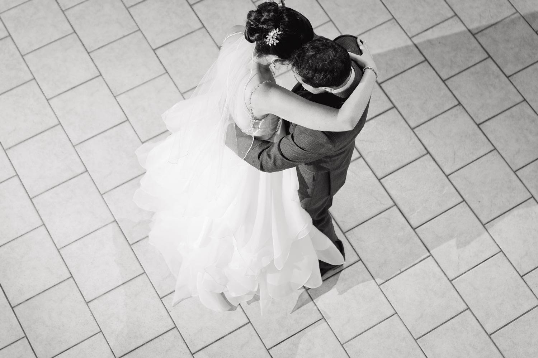 lionscrest-manor-wedding-photographer-tomKphoto-047.jpg