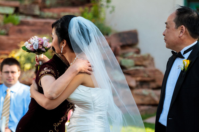lionscrest-manor-wedding-photographer-tomKphoto-057.jpg