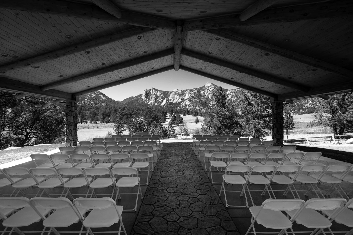 black-canyon-inn-wedding-estes-park-tomKphoto-067.jpg