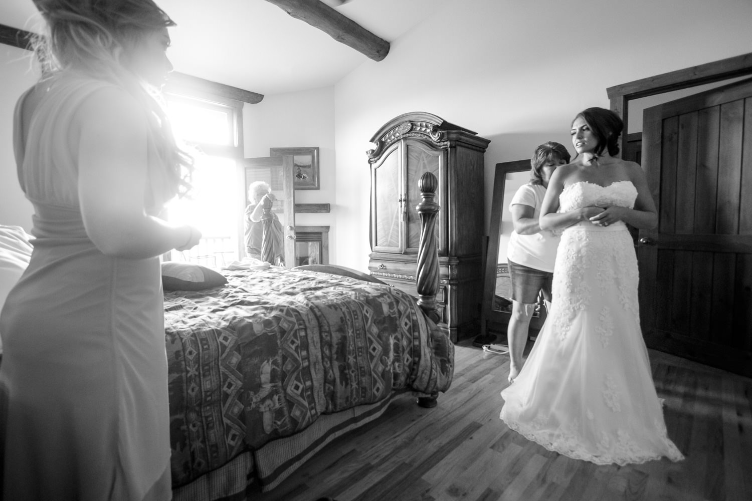 taharaa-mountain-lodge-wedding-estes-park-tomKphoto-127.jpg