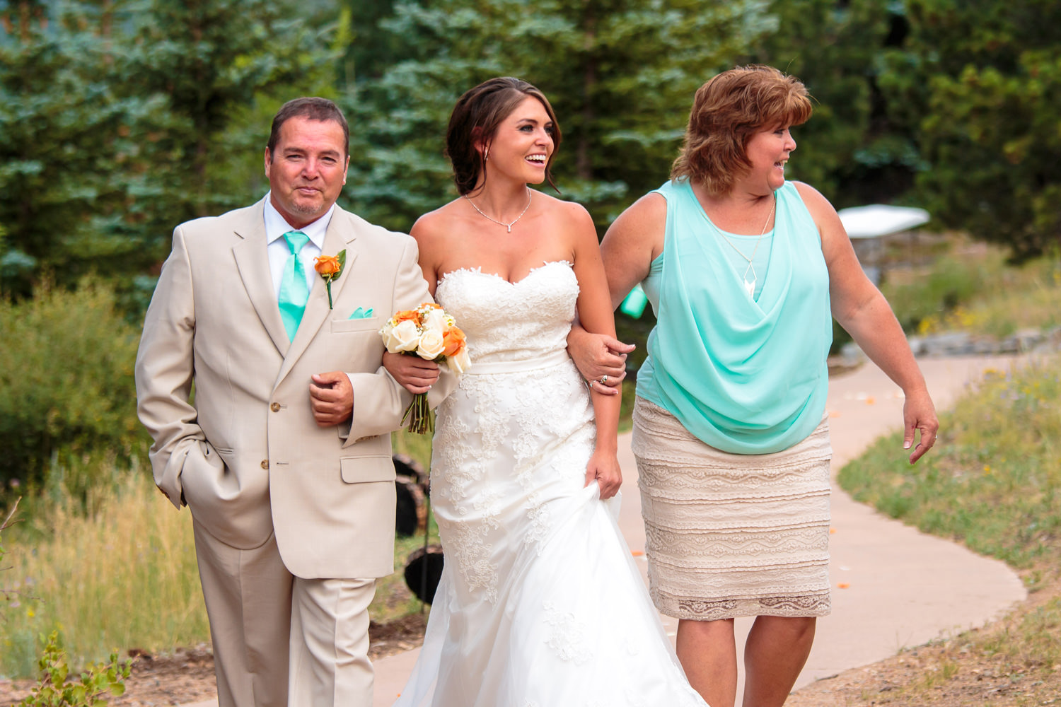 taharaa-mountain-lodge-wedding-estes-park-tomKphoto-138.jpg