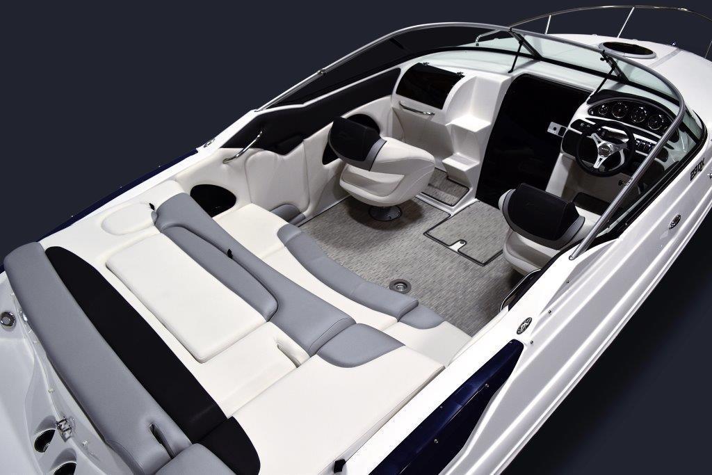23QXCC_Cockpit.jpg