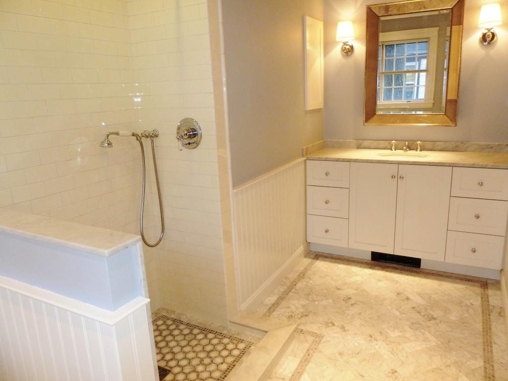 bathroom_highlighted_use.jpg