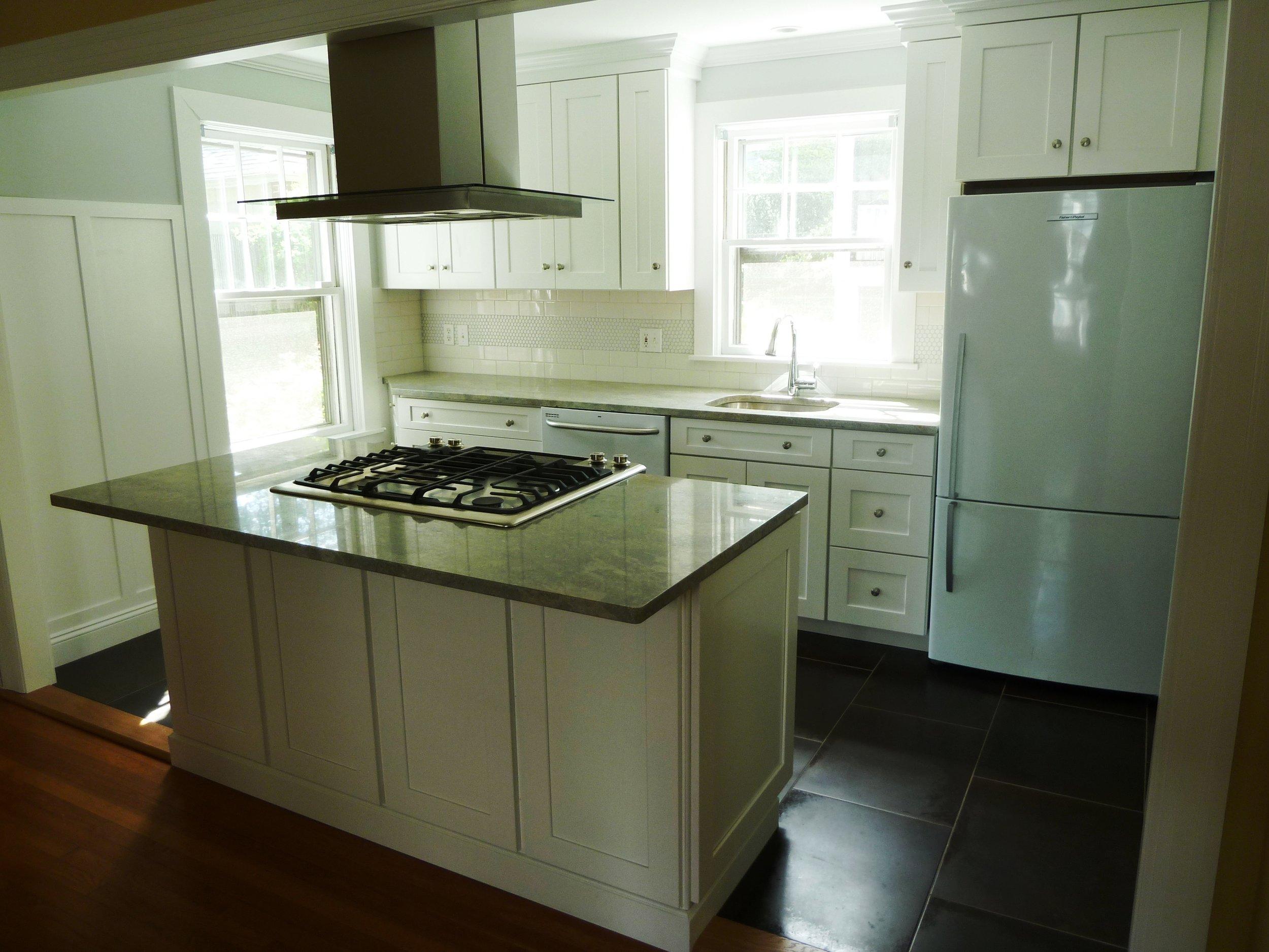 KitchenSWResized811.jpg