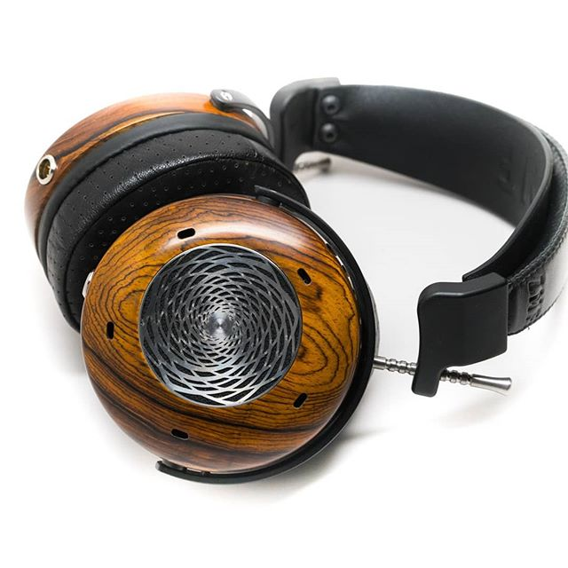 The ZMF Verite in limited edition cocobolo wood is now in stock at Acorn Audio UK! #headphones #audiophile #london #hifi #wood #woodworking #zmfverite #acornaudiouk #acornaudio #zmfuk #ukseller #audio #highendheadphones #headphoneporn #exoticwood #heirloom #handcrafted #woodenheadphones #bespoke #totl #headfi #cocobolo #zmfheadphones