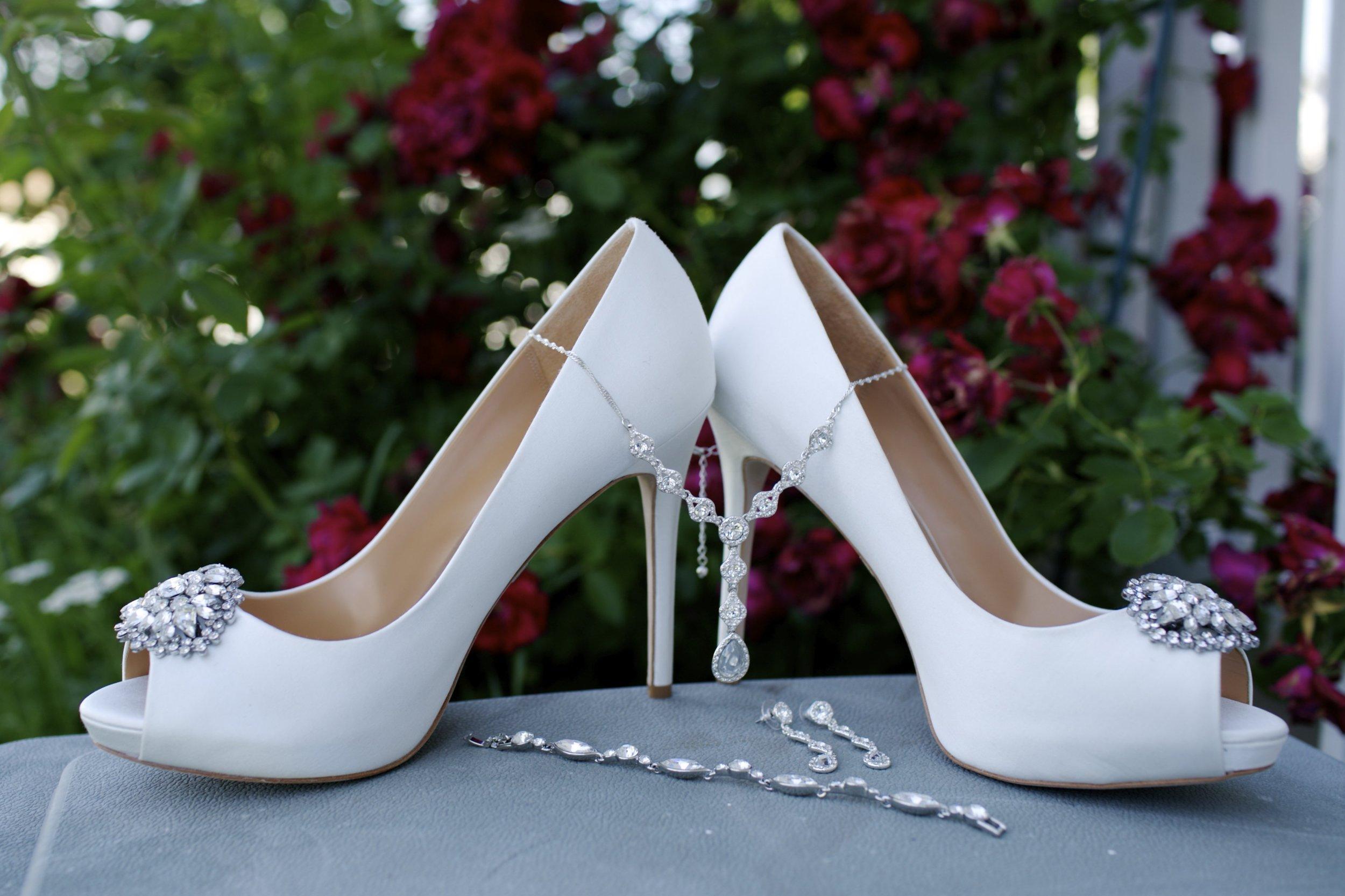 Gray + Mint Laotian Wedding | The Stonegate1.jpg