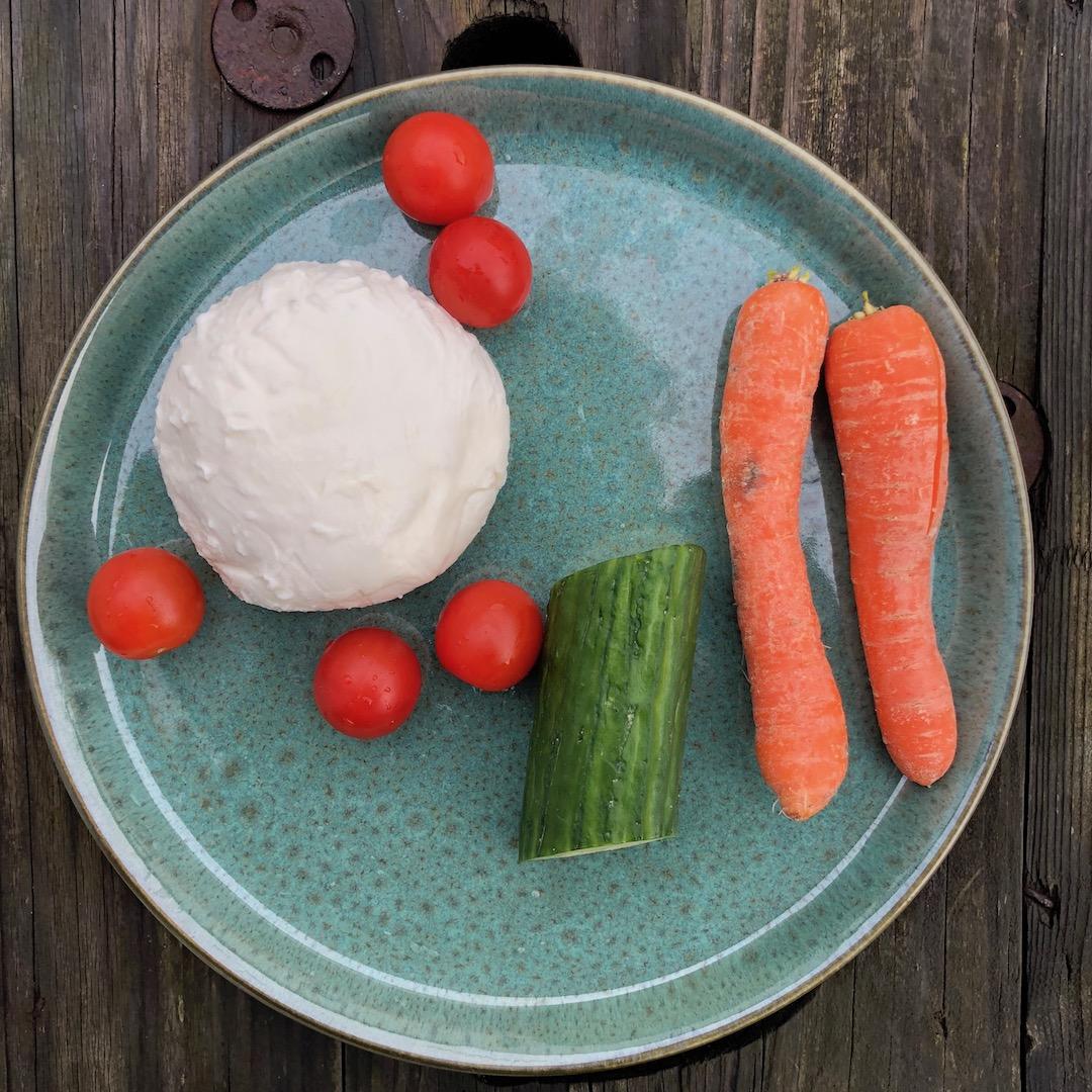 Cenoura - Mussarela - Pepino - Tomate