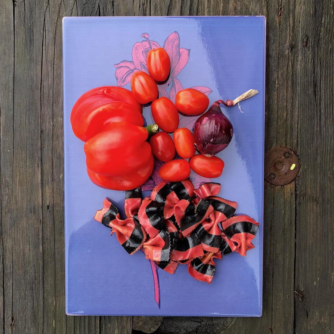 Massa - Cebola - Tomate - Pimenta Vermelha