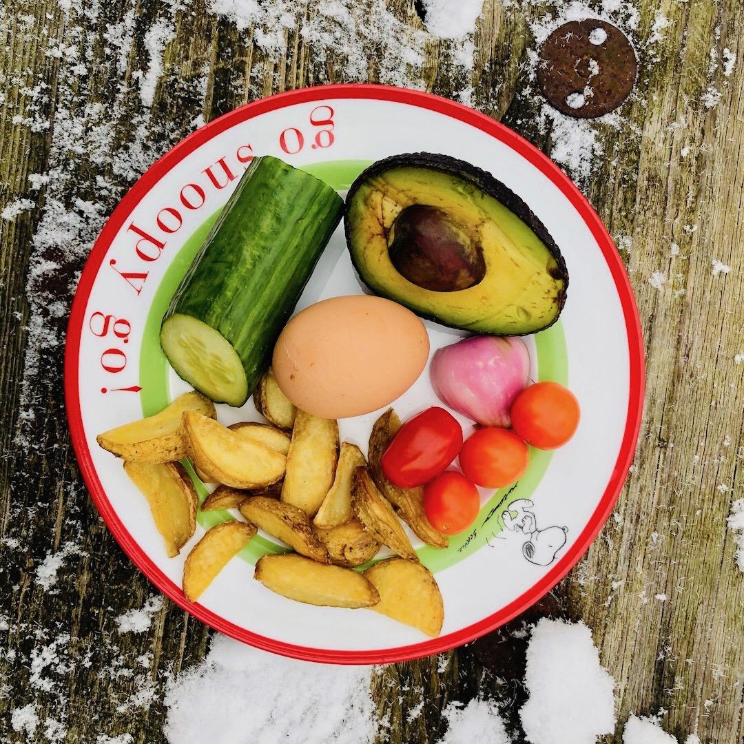 Ovos - Pepino - Abacate - Tomate - Cebola - Batatas
