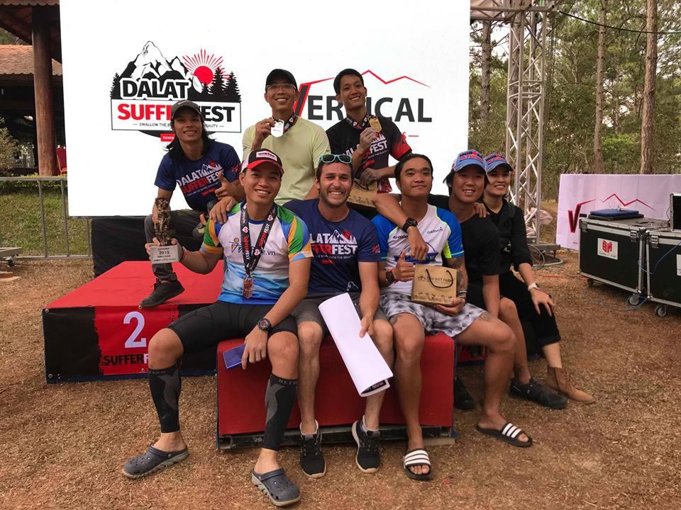 Những người thắng cuộc và set đường của thử thách Vertical
