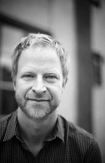 Talare #Vimåsteprata –  Niklas Cserhalmi