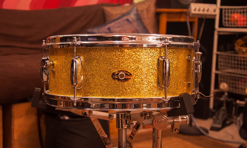 Slingerland 5 x 14 Gold Sparkle Wood Snare early '70s Vintage
