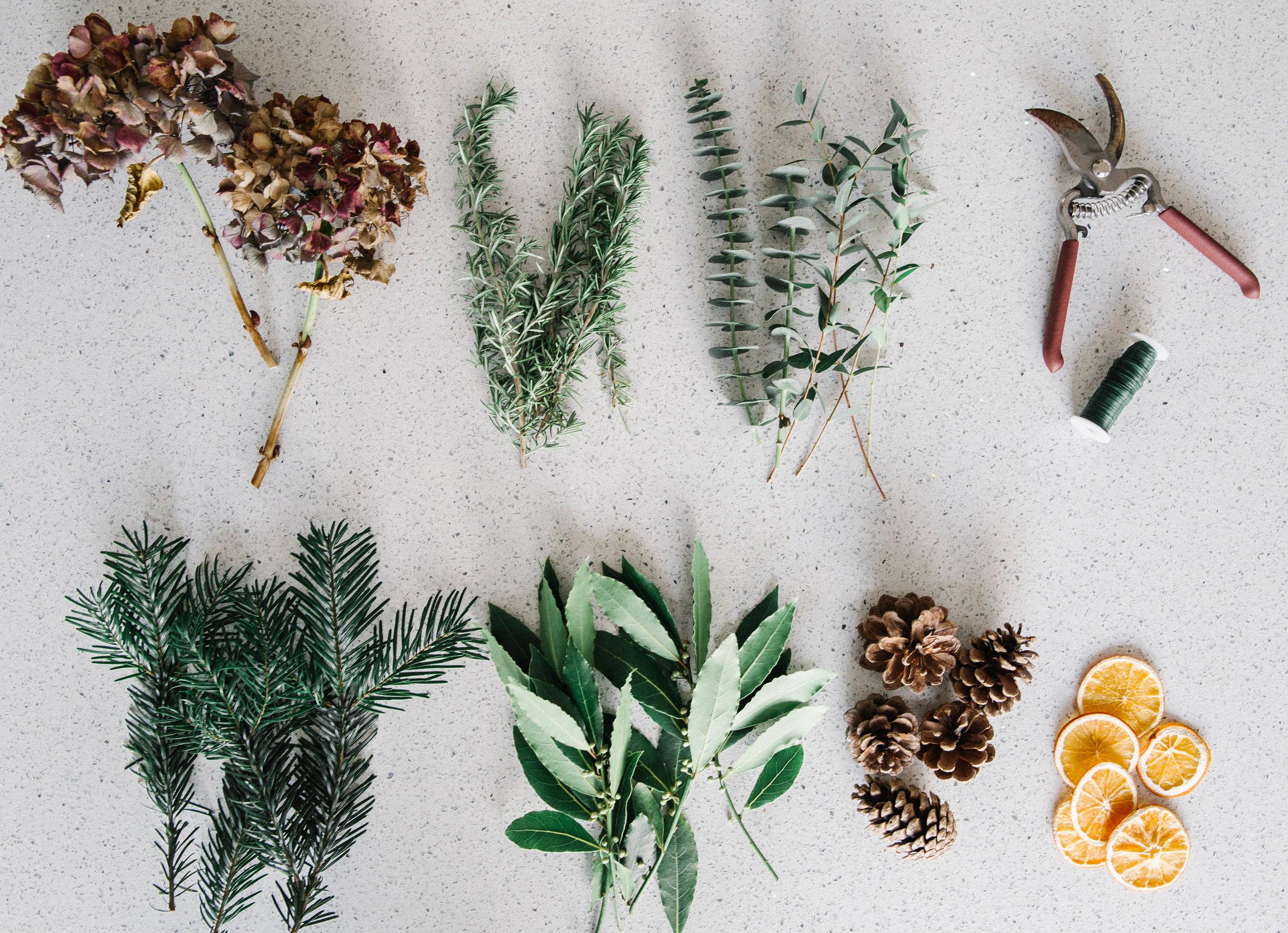 christmas-wreath-making-ingredients