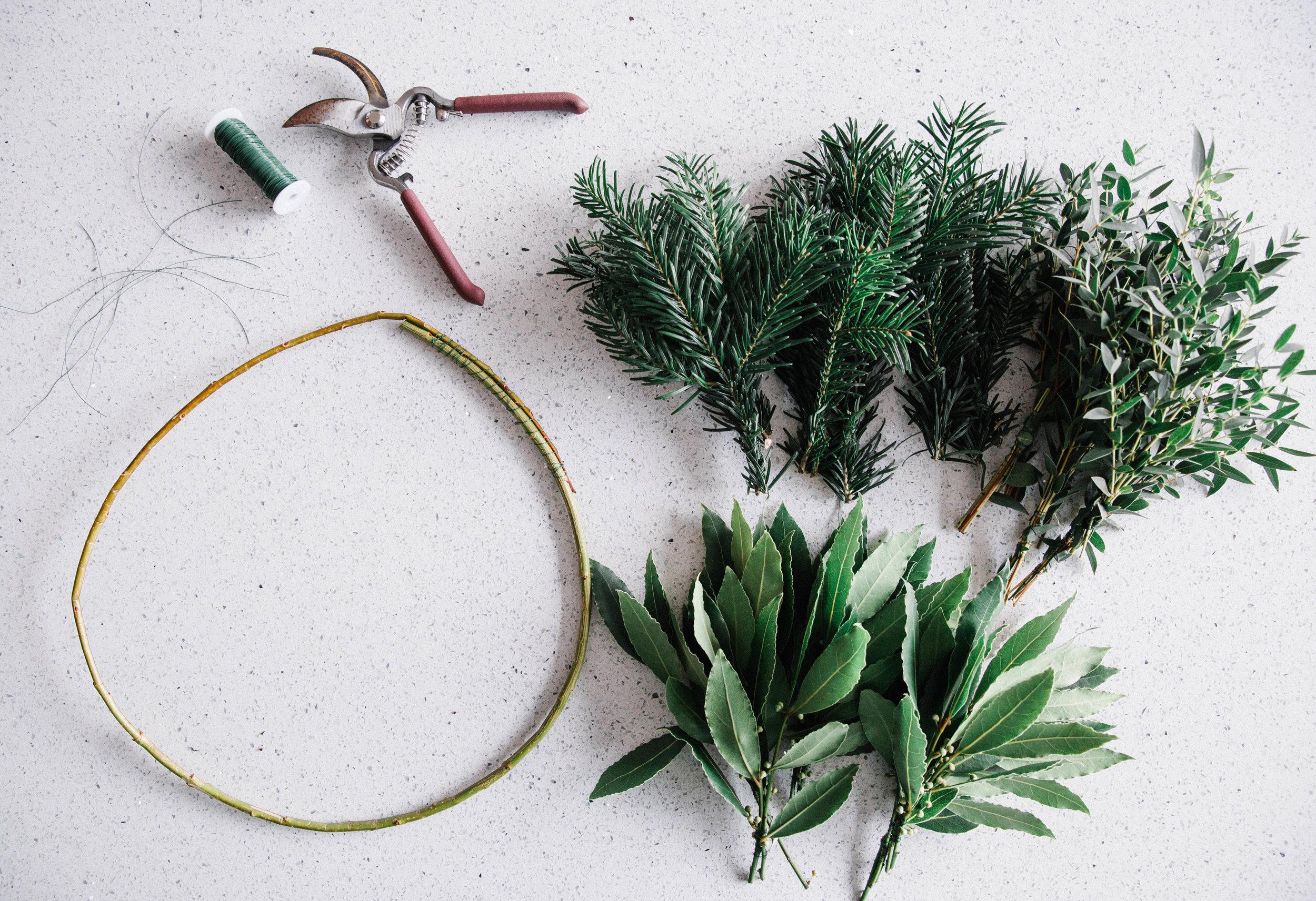 DIY-christmas-wreath-tips