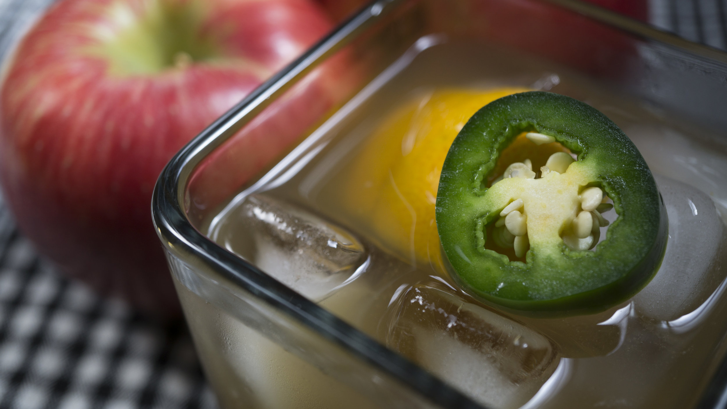 bourbon-and-cider-close-up.jpg