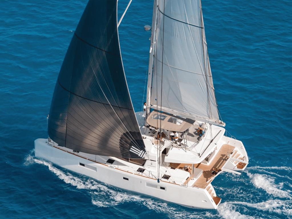 flo-lagoon-52-lo-yachting-1.png
