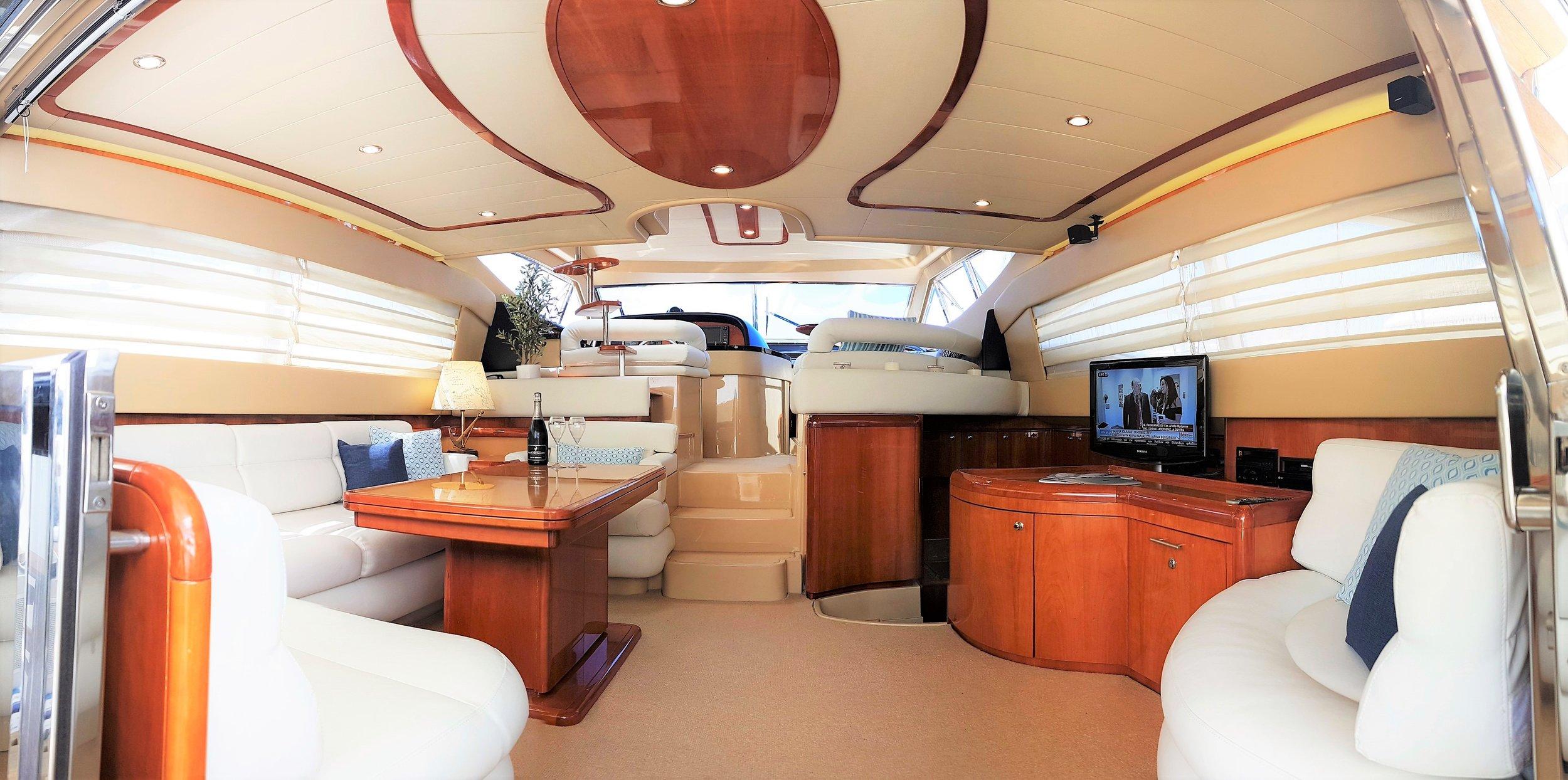 FEr59_Main_Living_interiorsalon.jpg