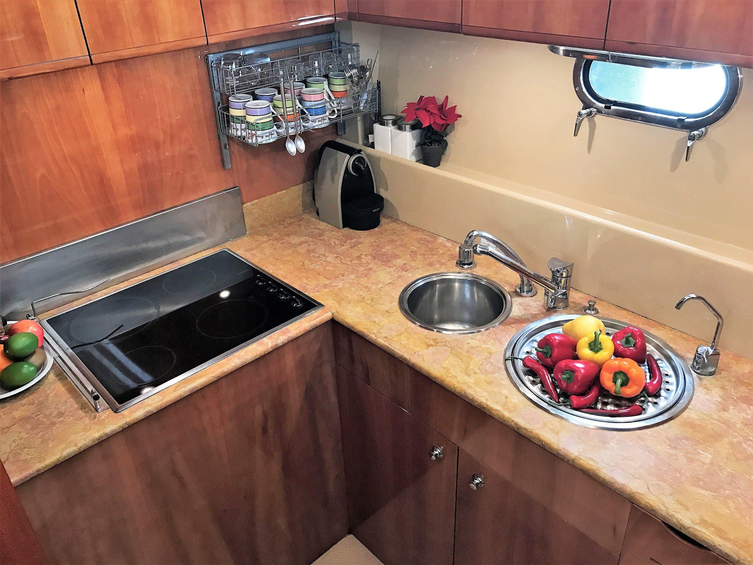 Fer59_kitchen 1.JPG