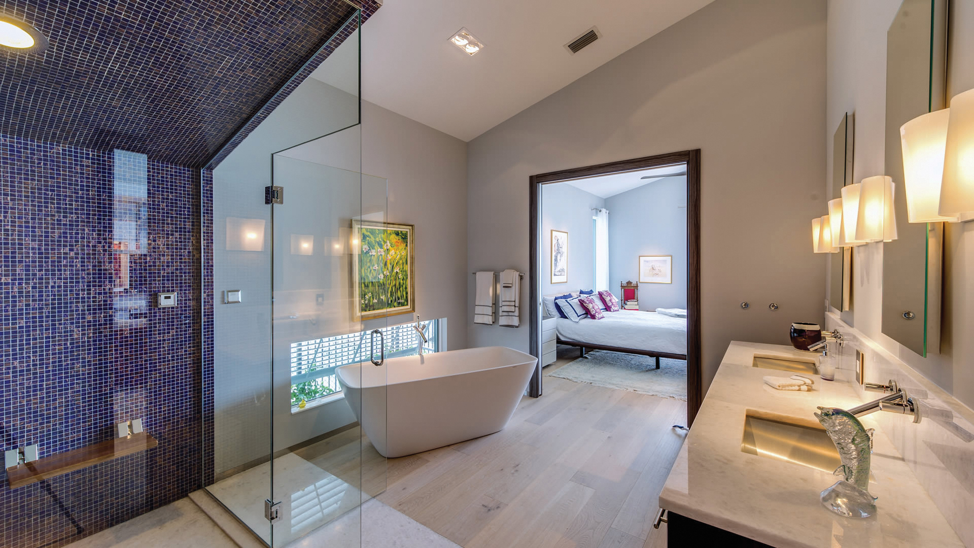 MasterBath2-gulfstream-homes-arcs-construction-your-home-magazine.jpg