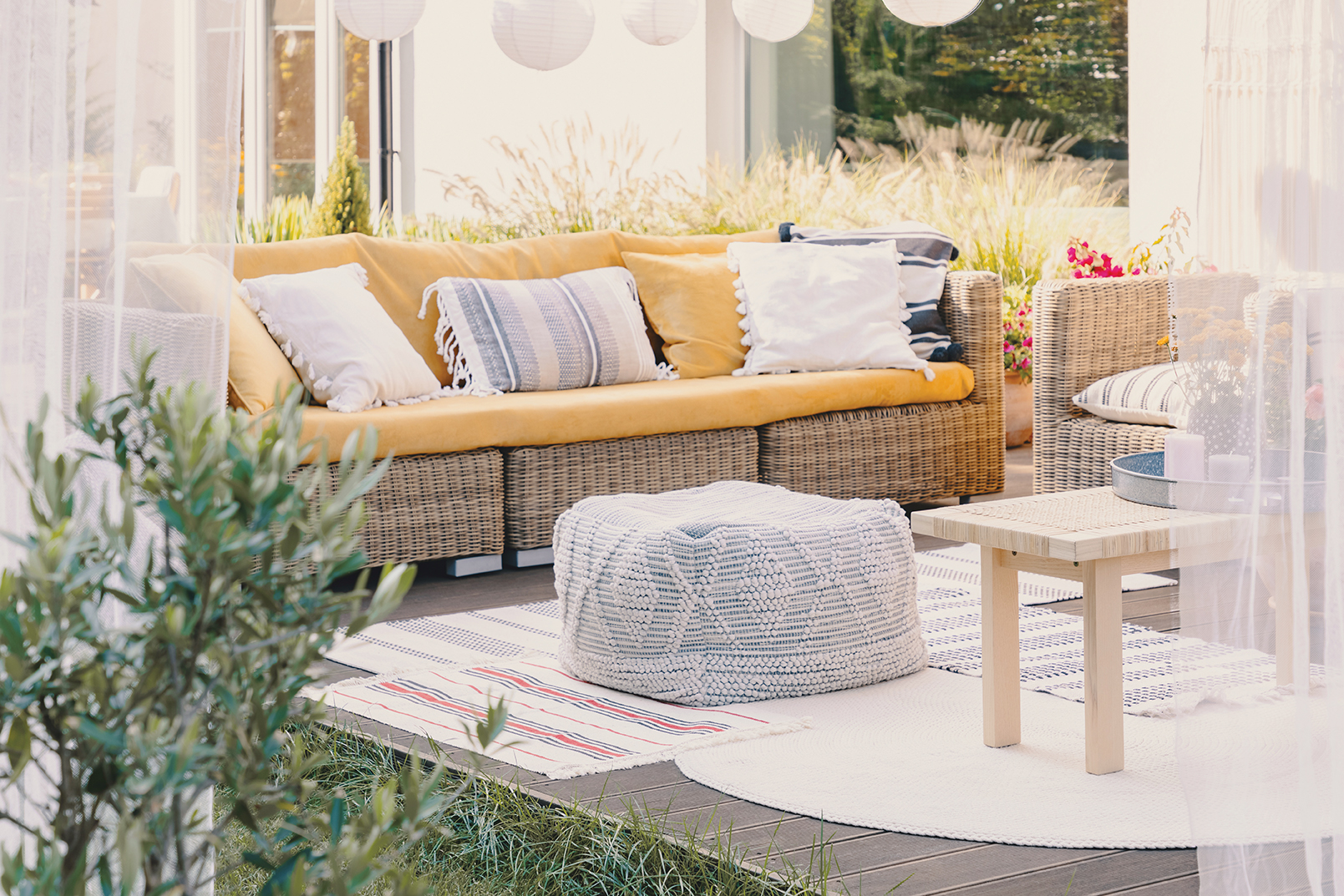 Create defined seating areas for you and your guests. This facilitates conversation and creates attractive outdoor areas. Treat your outside space like the inside of your home and use rugs and drapes to dress up your patio or deck. You can also bring indoor furniture out if you find you need more seating options the day of the party.