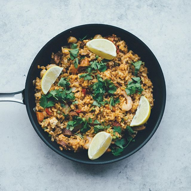 Looking for some fresh flavors to spice up your summer? Check out our current issue's recipes—now on the yhmagazine.com blog! . . . . #yhmagazine #yourhome #magazine #paella #recipe #recipes #recipeideas #food #foodie #love #inspiration #lifestyle #design #rice #shrimp #flavorful #blog #naples #naplesfl #fla