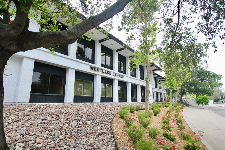 Westlake Village Medical Office For Lease Space Doctor Physican Rent Best Private Practice Hospital Surgical 4.jpg
