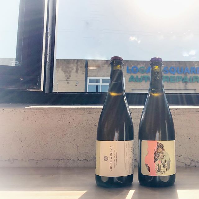 This is a beautiful day for a glass of. @crusewine Deming sparkling Valdiguie- and with all the windows and doors open it's just like sitting sitting outside for happy hour!