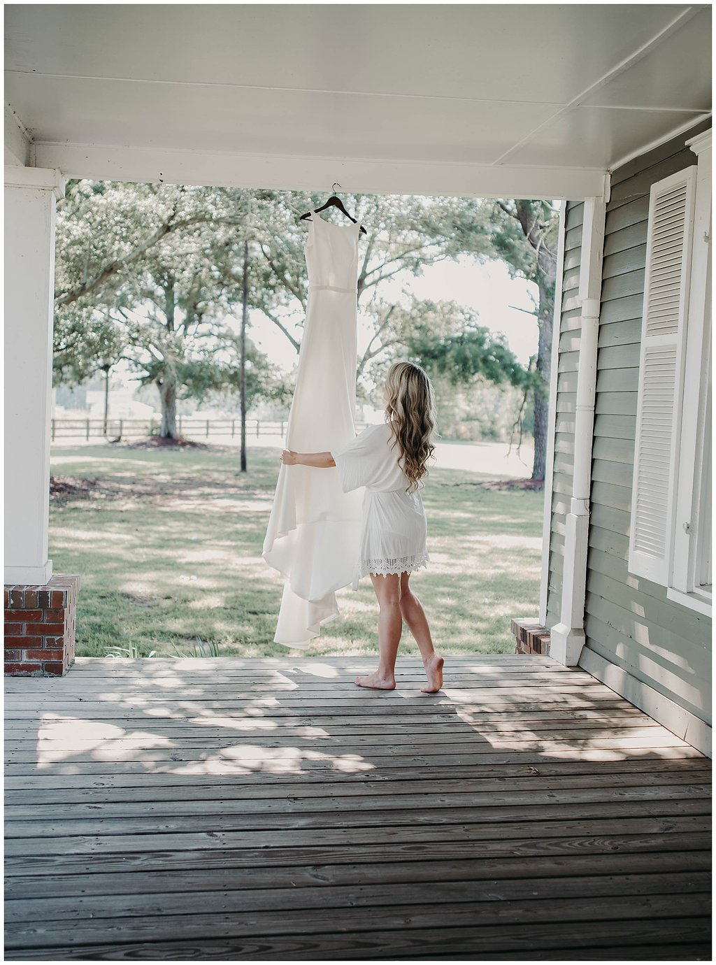 We love this shot and this timeless dress. pc: Tamara Cole Photography