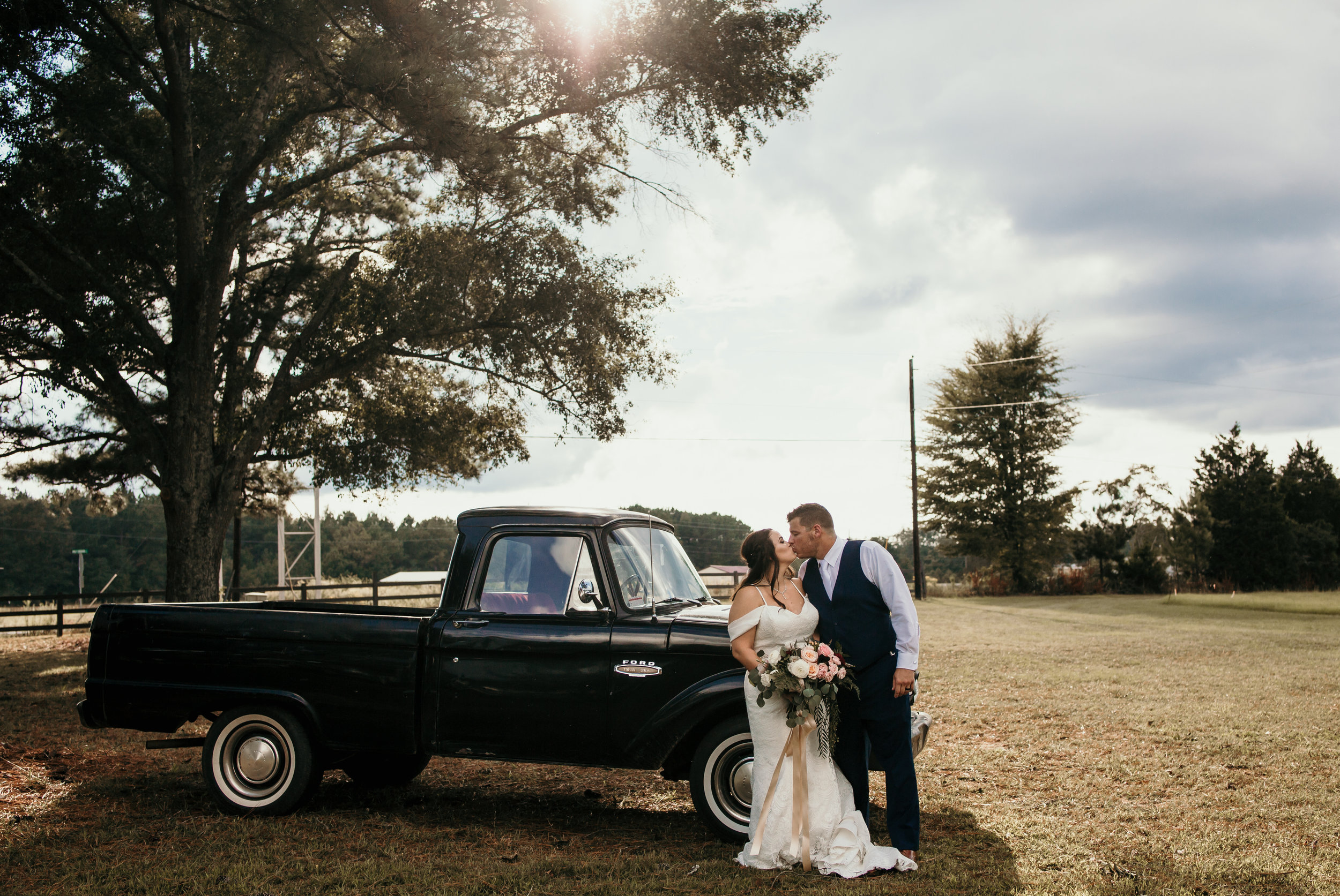 A Sunday September wedding! pc: Molly Rice Photography