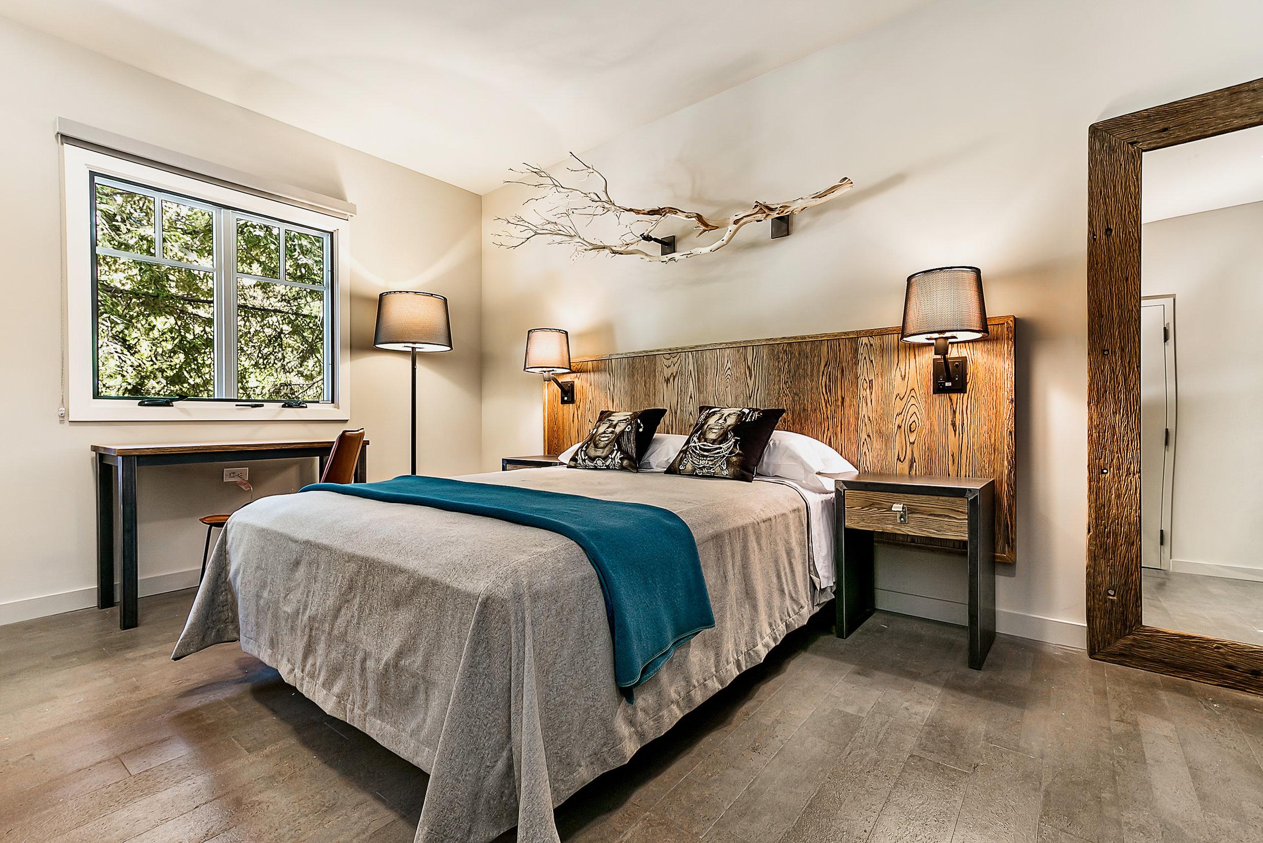 1440 Multiversity Guest Room