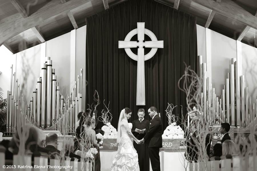 008_Wedding-Ceremony-at-Church-by-the-Sea.jpg