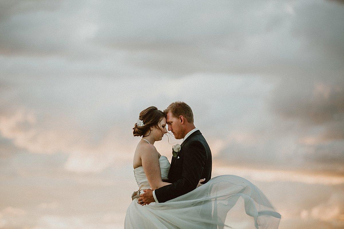 Jonathan & Tanis W00106_Gina Brandt Photography.jpg