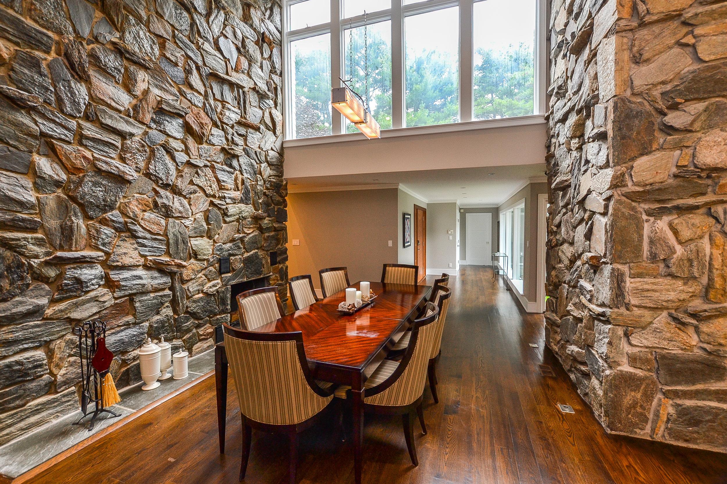 8 Grace Lane -  dining room (1 of 1).jpg