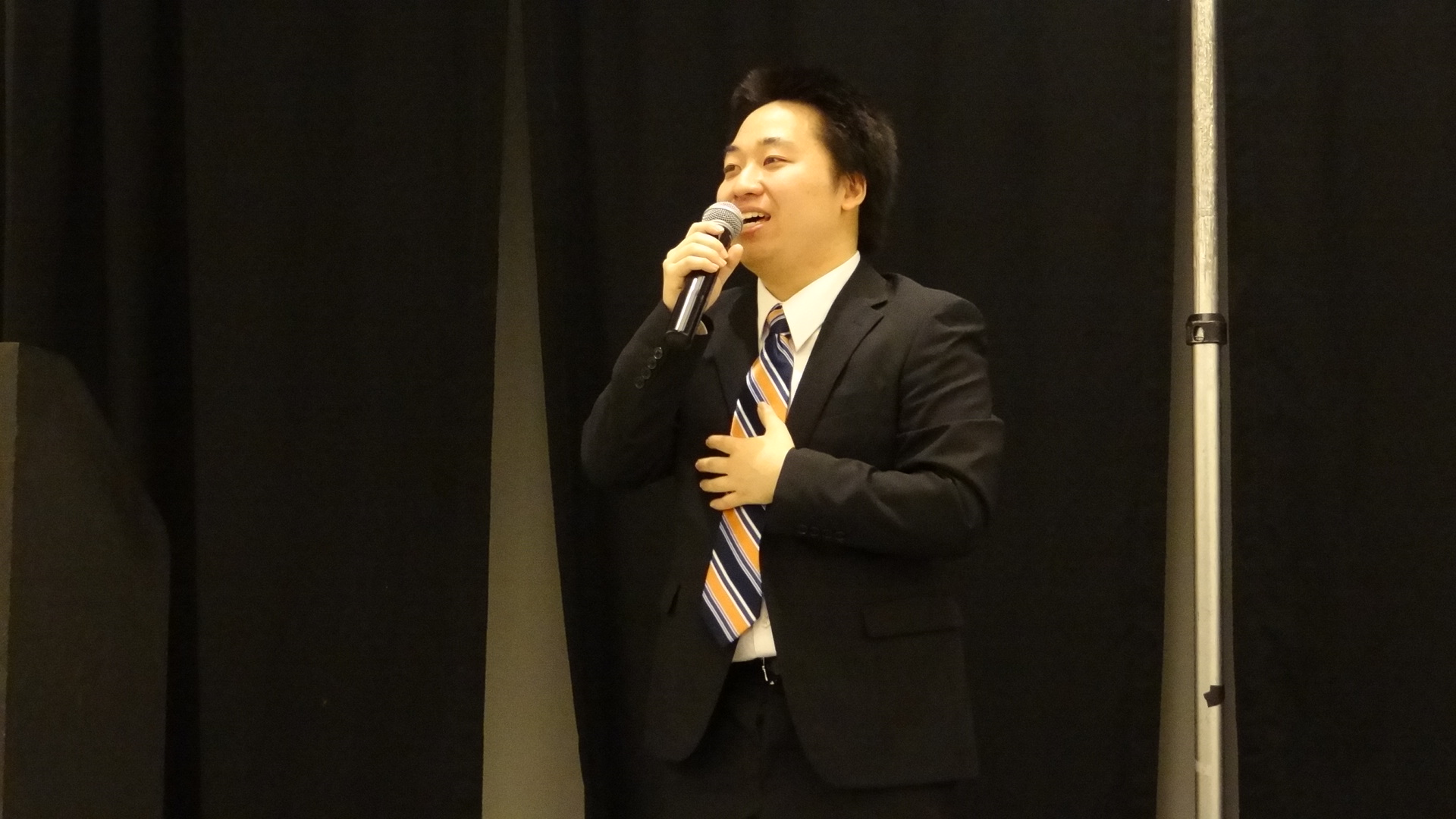 Takafumi Mashiko welcomes everyone to this event.