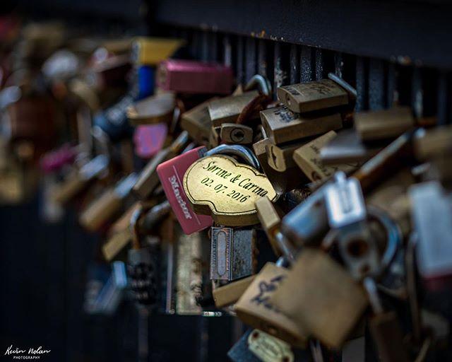 Some love shines brighter than others. . . . . #love  #killergrams  #locksoflove  #nikon  #houseoftones  #copenhagen  #discoverdublin #insta_ireland  #tourismireland #passion  #ireland_gram #irishpassion #lovedublin #denmark  #lovindublin #igersdublin #igersireland #moodygrams #ireland  #Instagram #natgeo #iger  #ig_ireland  #thefullirish #raw_ireland #bestirelandpics #daily_ireland #kevinnolan76 www.kevinnolanphoto.com