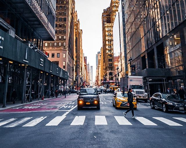 City Street Landscapes for a change, which do you prefer between these two ? Crosswalk or the FDNY scene ? Leave me a comment and let me know please. . . . . #fdny  #killergrams  #nyc  #nikon  #houseoftones  #nycphotographer  #discoverdublin #insta_nyc  #tourismireland #visitdublin #visitnyc  #ireland_gram #irishphotographer  #lovedublin #loves_nyc  #igersnyc #igersdublin #igers  #moodygrams #tourist  #Instagram #natgeo #iger  #ig_ireland #raw_ireland #bestirelandpics #daily_nyc #kevinnolan76 www.kevinnolanphoto.com