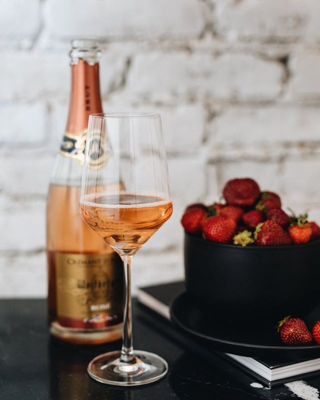 Mid-week treat: @wolfberger_officiel Crémant d'Alsace Brut Rosé. - Aromas of watermelon and strawberry are matched with a smooth, round finish. Enjoy on its own, or pair with actual strawberries and other red fruits for a sweet, nightcap.