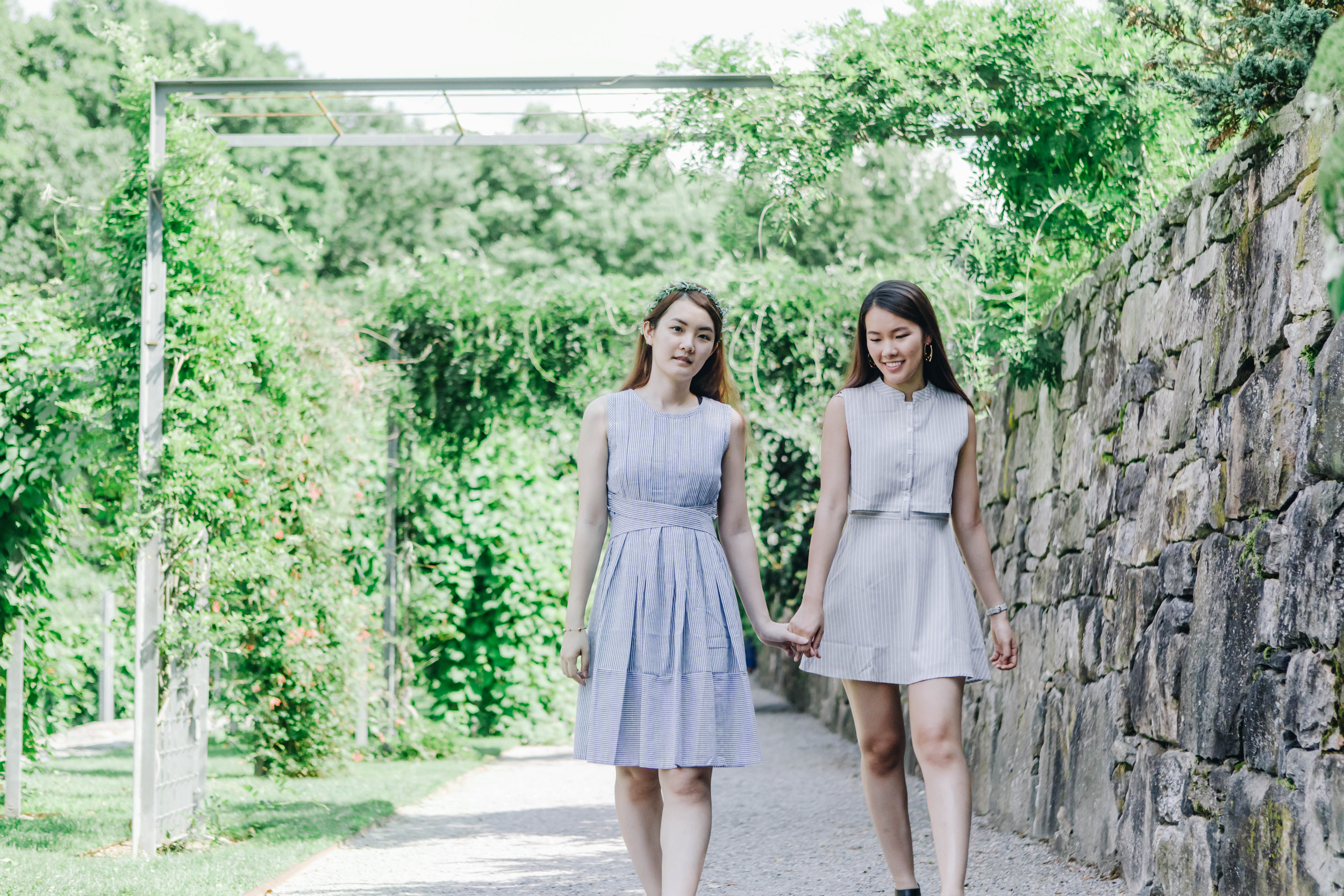 sisters-in-summertime-eva-loh-10.jpg