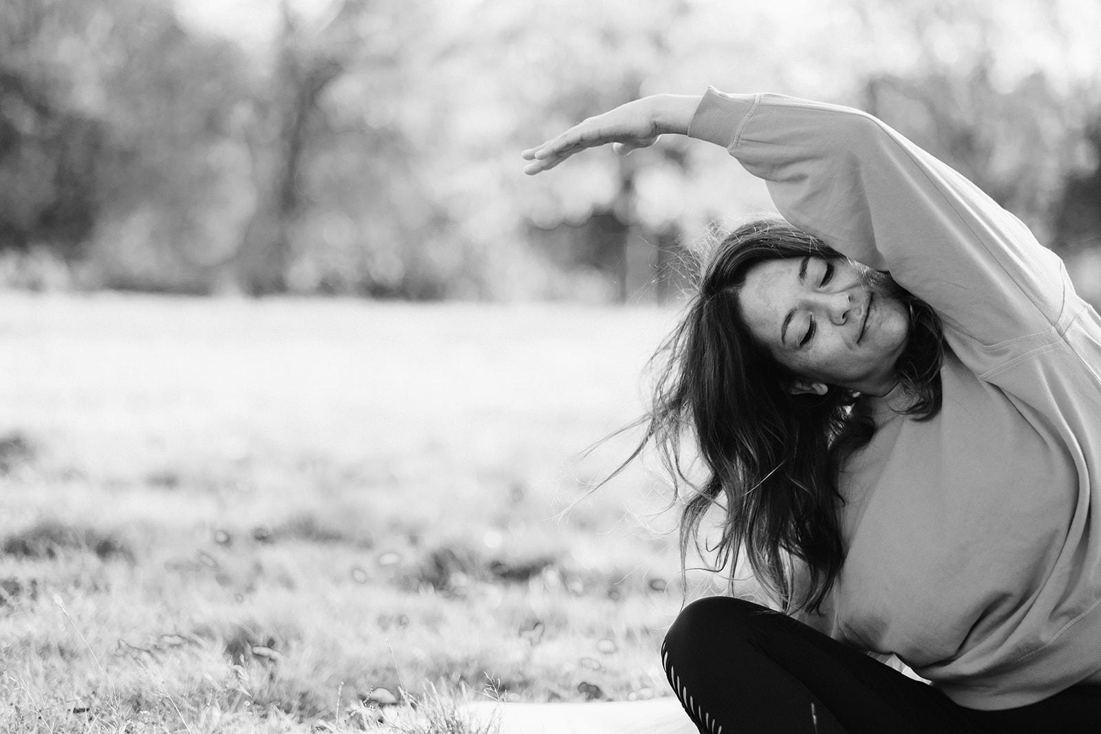Inma - London Yoga Photography -3595.jpg