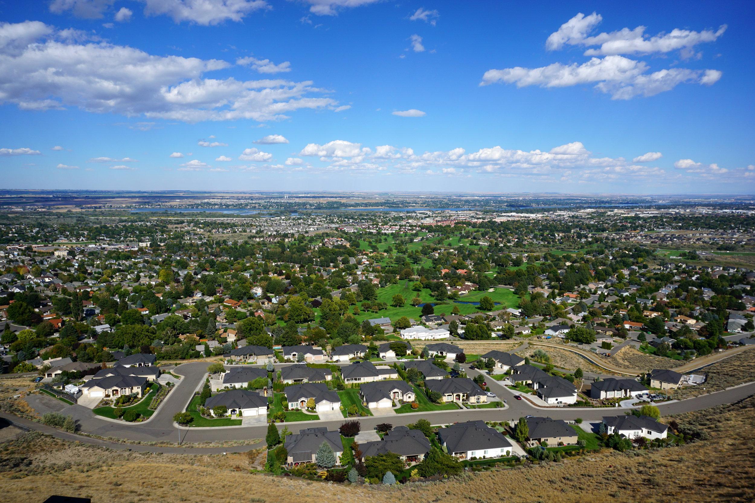 Tri-Cities - 8200 W Grandridge Blvd • Kennewick, Washington 99336p: 509.736.3344 | e: tricities@northwestrealtors.com