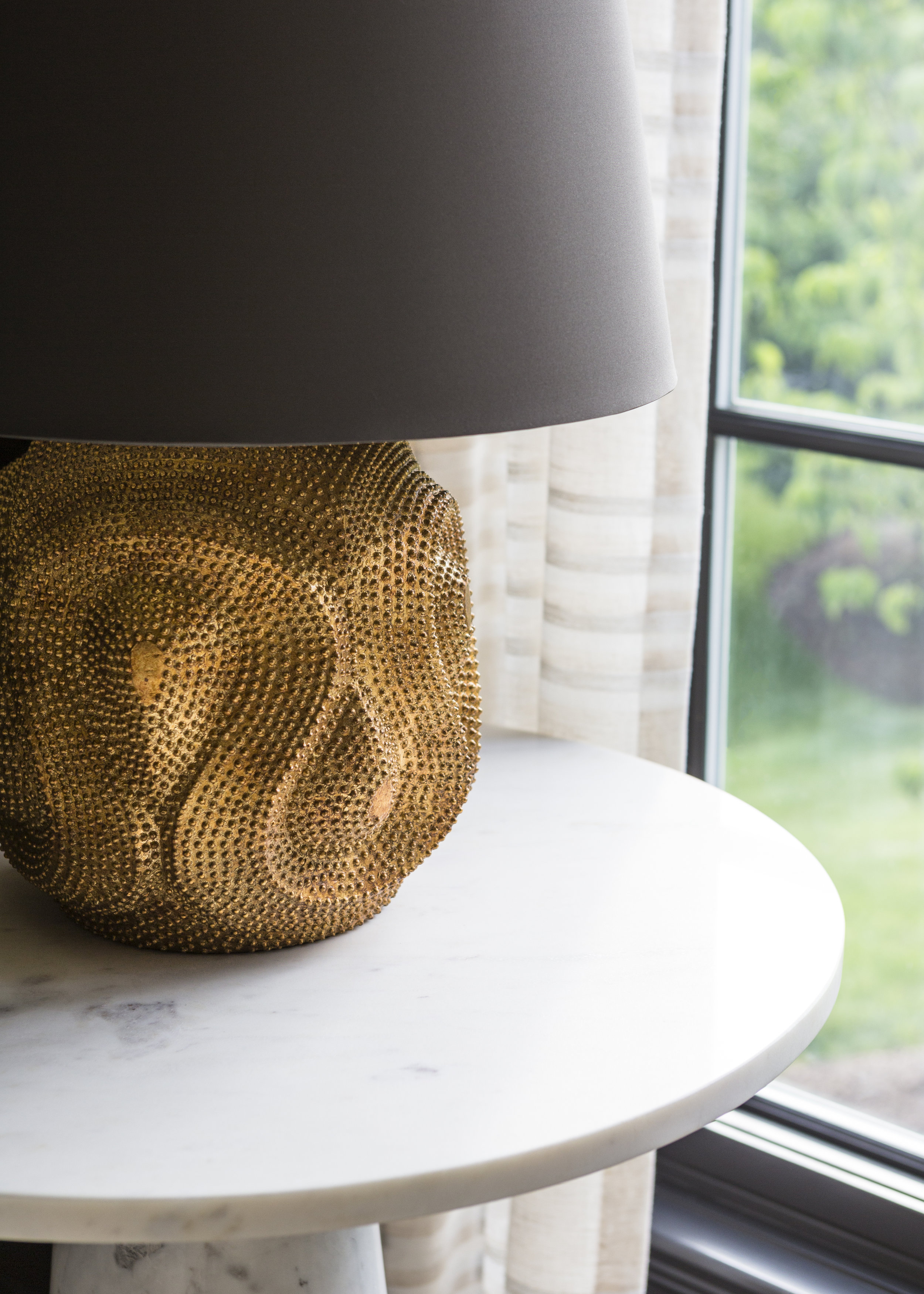 4 Dallianc_Halper_Details_lamp.jpg