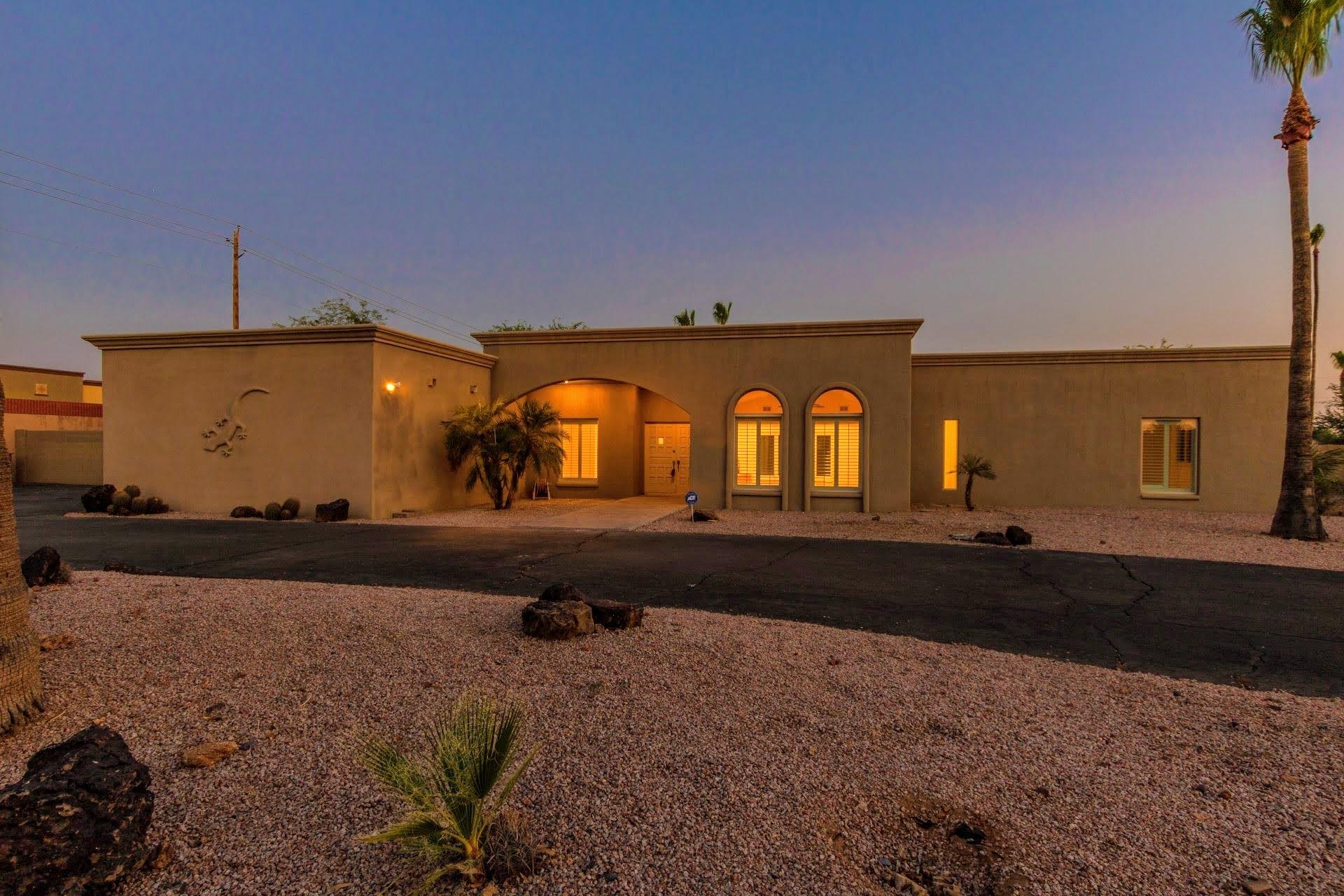 8735 E Joshua Tree Ln, Scottsdale, AZ 85250.jpg