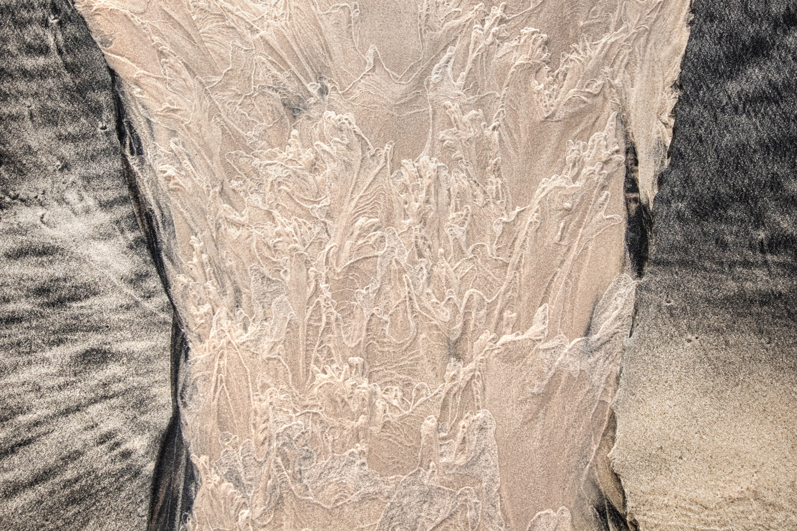 Filigreed sand