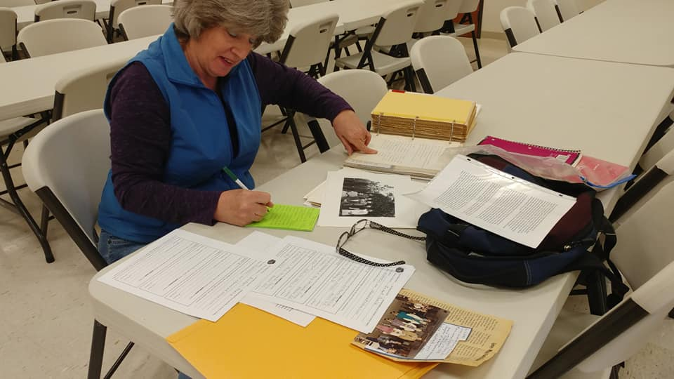 Writing down memories - even a small paragraph is a treasure! -