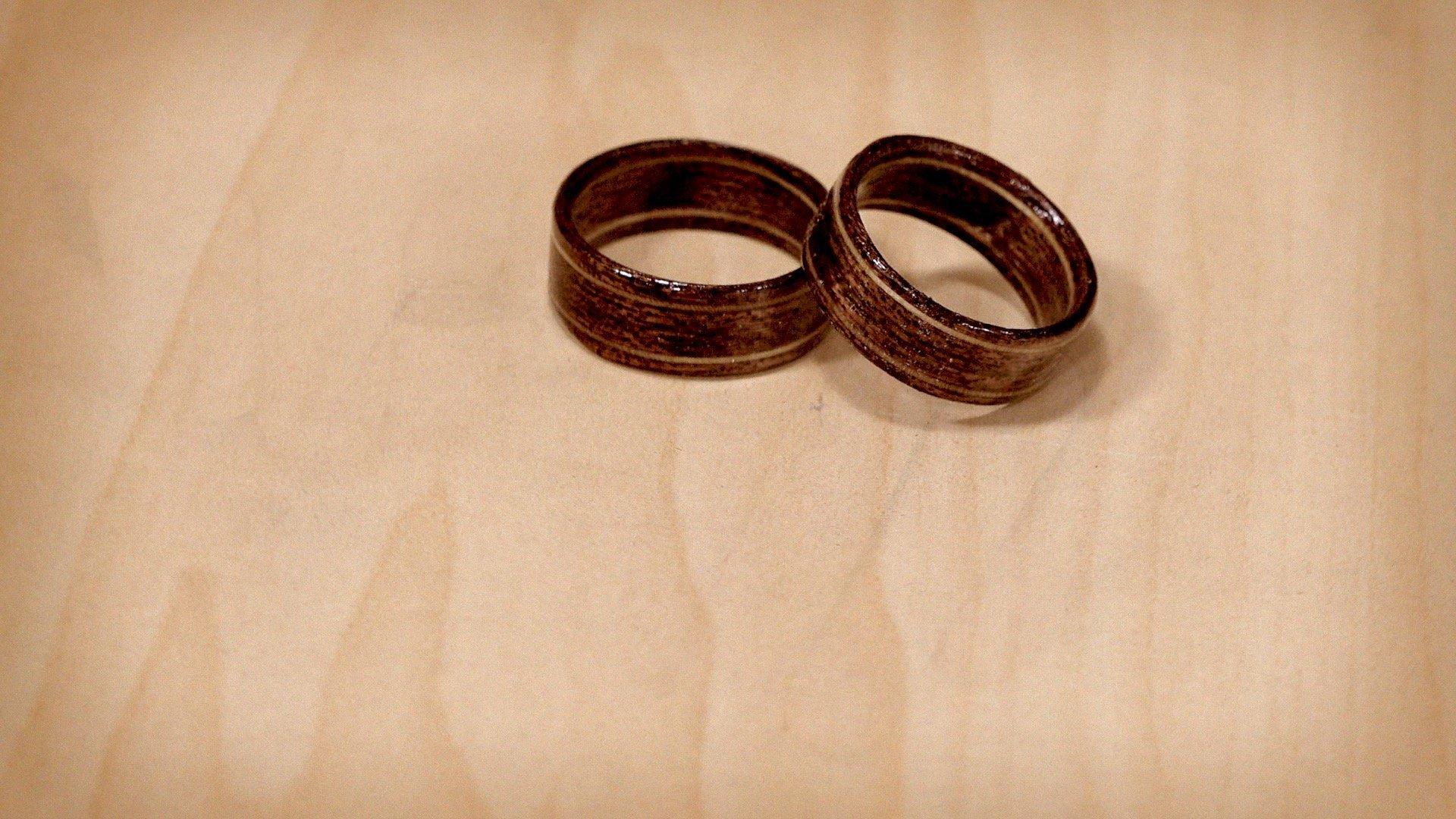 wood_rings_cover_03.jpg