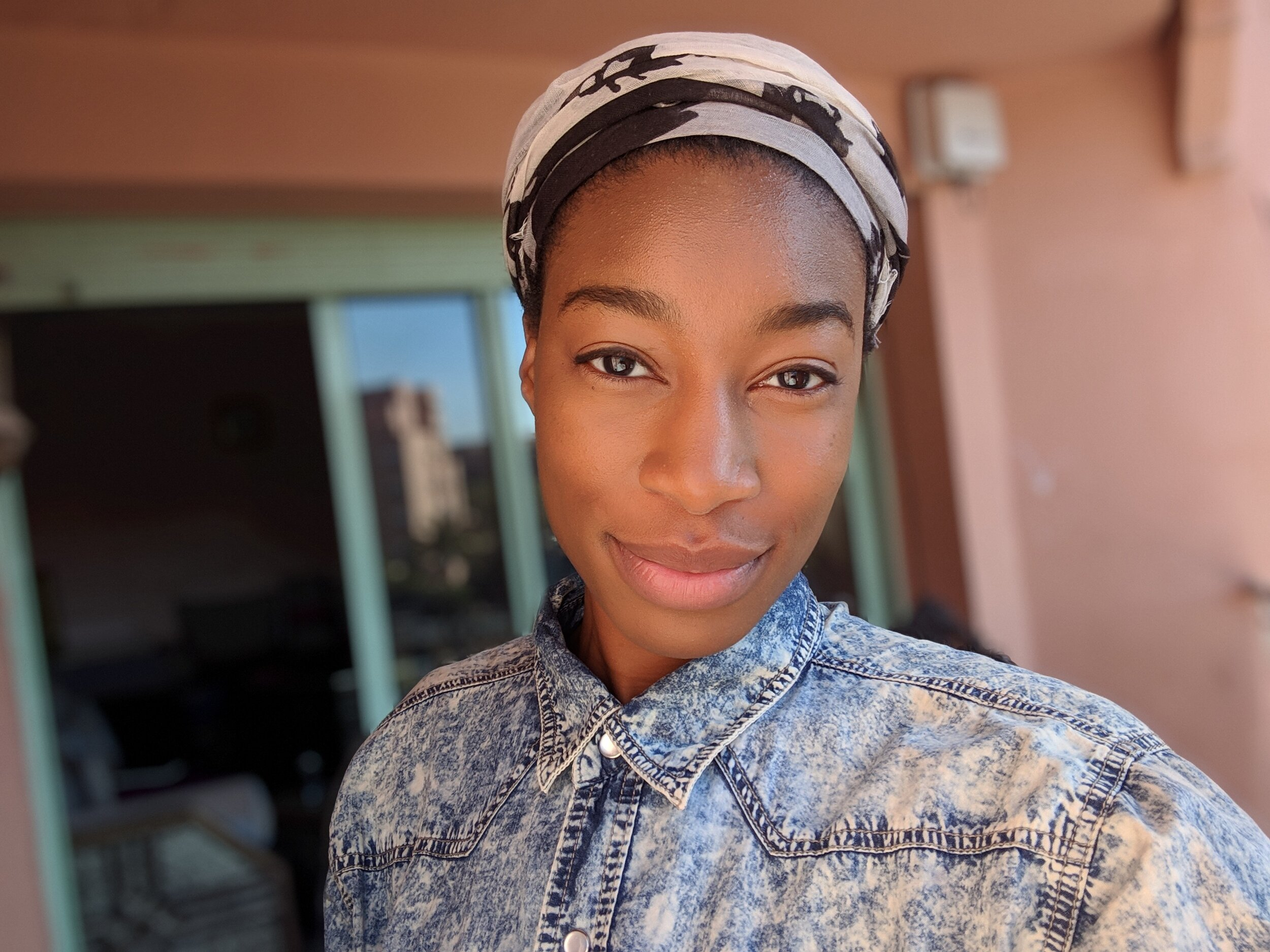 ABOUT - Chimdi Ihezie is a writer and videographer based out of Los Angeles, California.