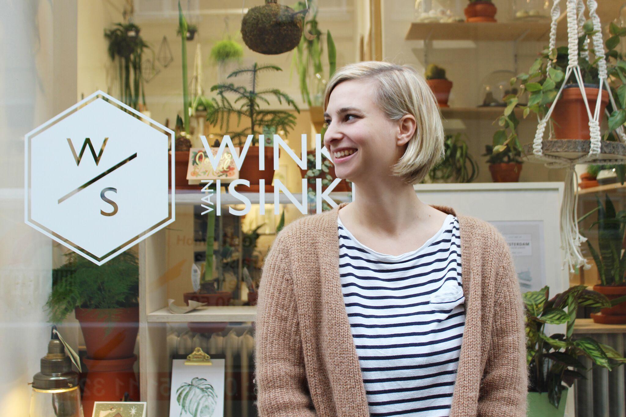 Zelda Czok - Zelda Czok holt seit 2016 mit ihrem Laden »Winkel van Sinkel« den AmsterdamerLivestyle und jede Menge wunderschöne Grünpflanzen nach Hamburg.www.winkelvansinkel.de