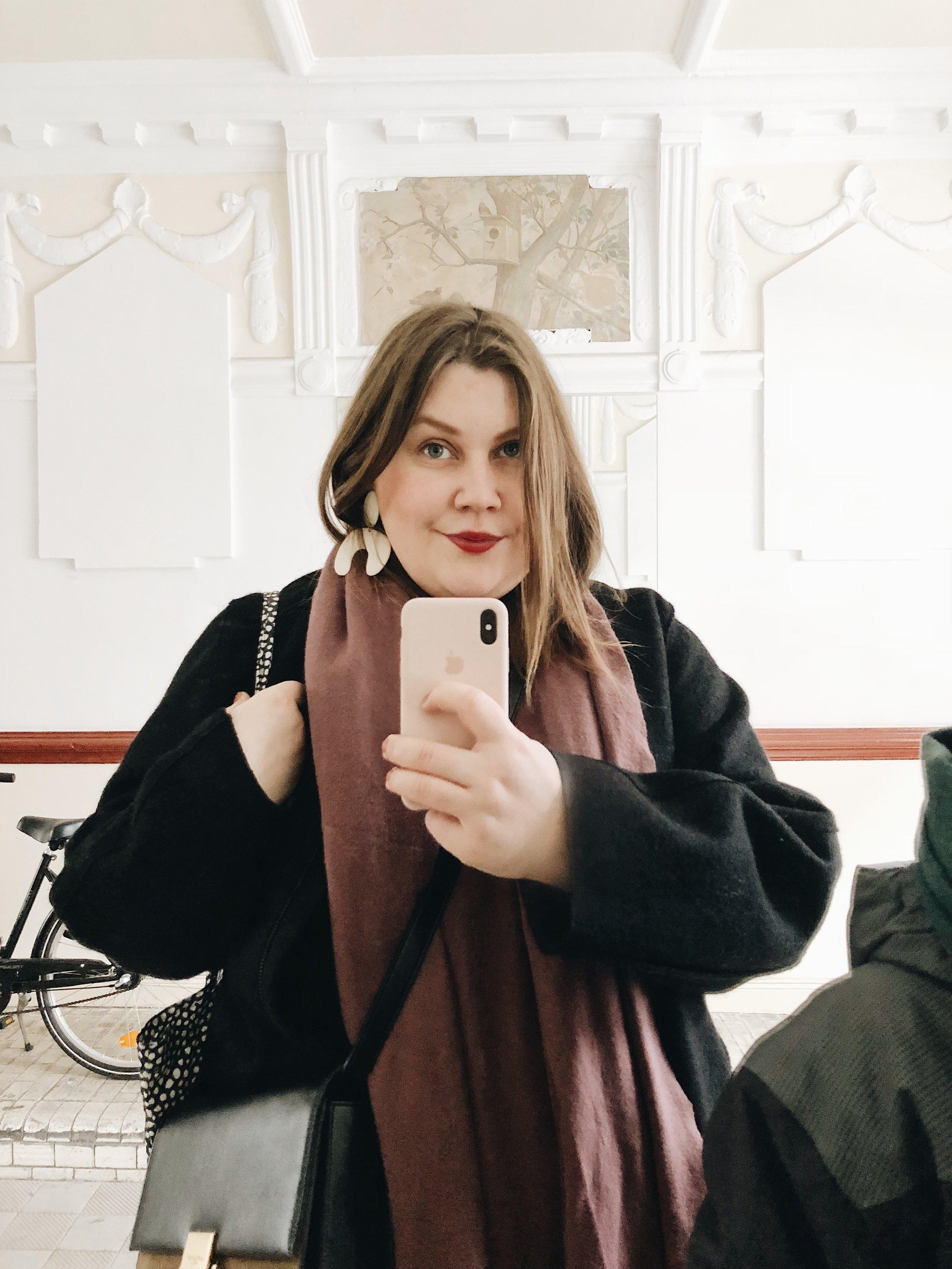 Jules Villbrandt - Jules Villbrandt begeistert mit ihrem Blog Herz & Blut knapp 100.000 Menschen auf Instagram. Ihr Schwerpunkt ist der Bereich Interior, besonders ihre wunderschönen Home Stories zeigen immer wieder, dass sie zurecht Partner der renommierten Architectural Digest ist.www.herzundblut.de