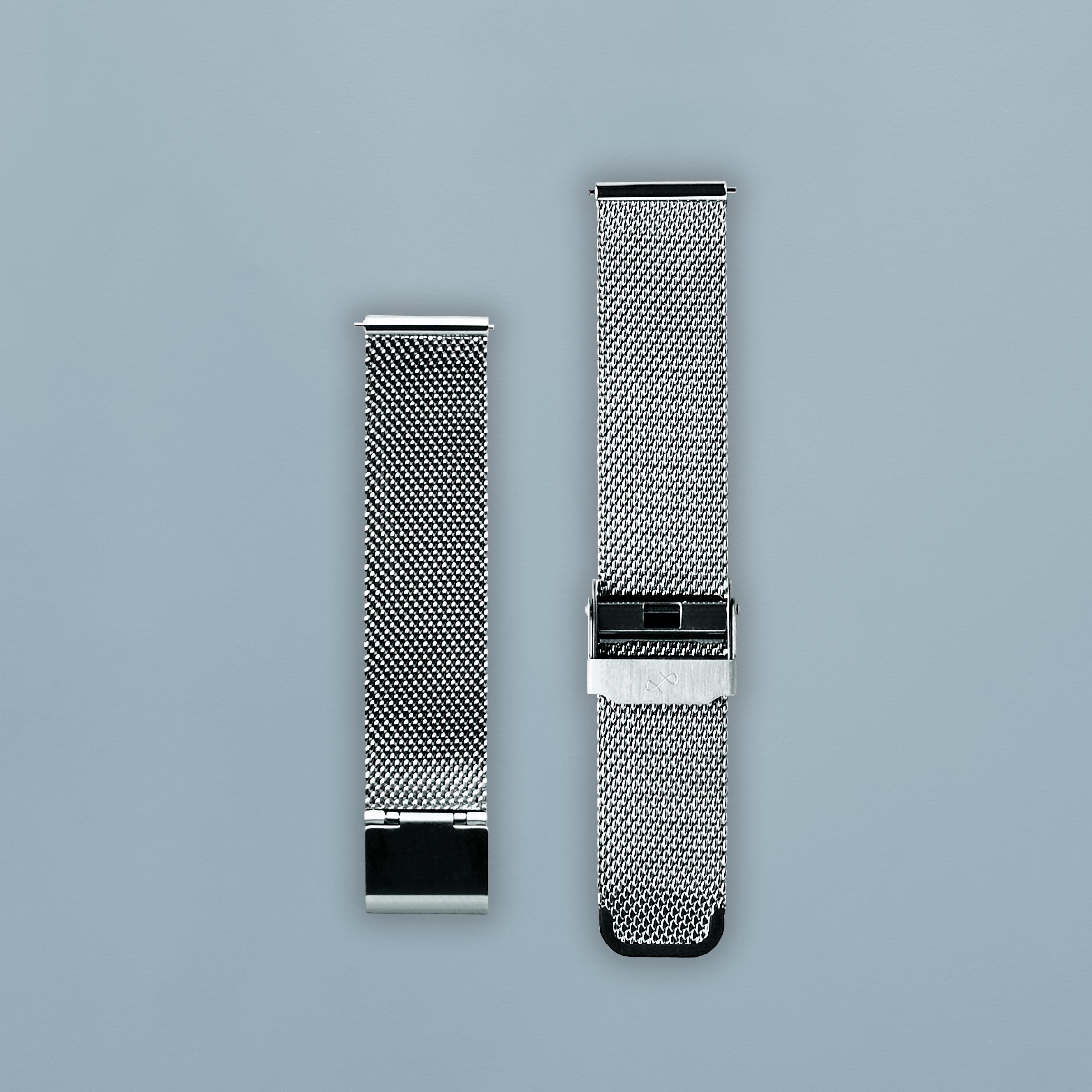 av-strap-mesh-steel-lifestyle.png